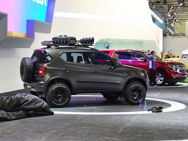 Концепт Chevrolet Niva вид сбоку