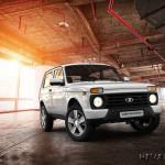 Белая Lada 4×4 Urban фото