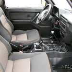 Передние кресла внедорожника Lada Urban 4х4